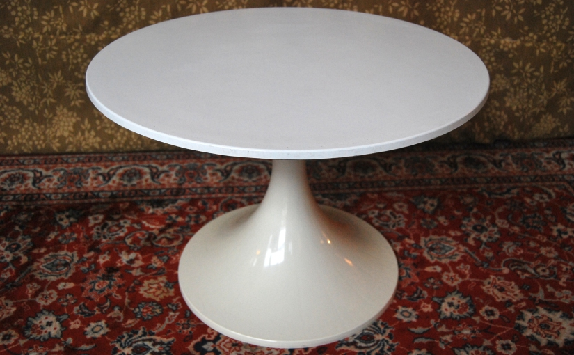 1960s White Modular Coffee Table