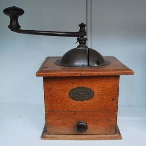 Vintage French Coffee Grinder, £45