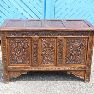Mid 19th Century Triple Panelled English Oak Chest