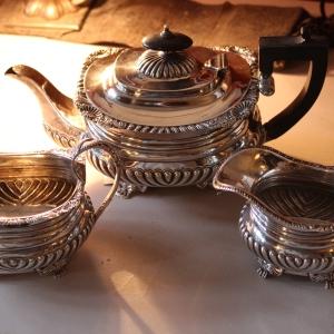 Antique English Silver 3pc Tea Service £895