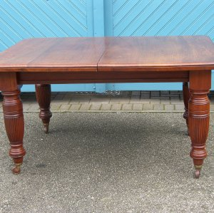 Large two-leaf Mahogany Dining Table with Winding Extension Mechanism