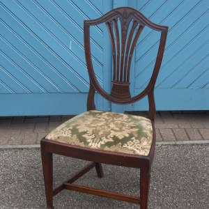 Set of 6 Antique Mahogany Hepplewhite Style Chairs