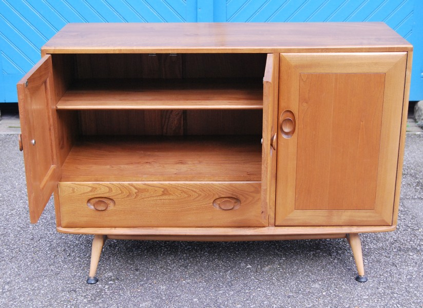 Original 1960s Ercol Solid Elm Sideboard with Drawer & CutleryTray