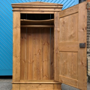Mid 19th Century French Pine Single Door Wardrobe – Original French Antique