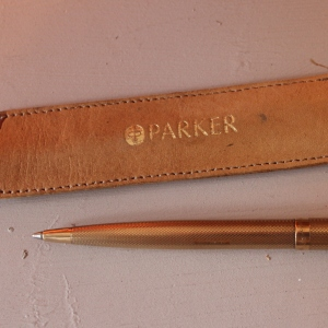 Rare Solid 9ct Gold Parker 61 Pen